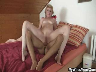 Porn Tube of Daughter Catches Her Mom With Her Man
