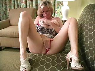 Porno Video of Juicy Blond Milf With Amazing Body Teaches You To Handle Your Cock