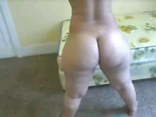 Porno Video of Guy Shoots Home Video While Fucking Really Huge Ebony Ass