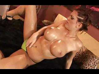 Oiled Babe With Big Breast Seduces Guy's Stiff Long Beaver-cleaver
