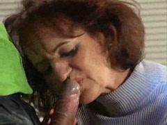Немецкое порно со старой женщиной любящий член