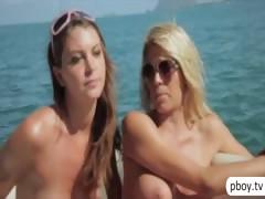 Порно видео смотреть зрелые бабы сиськи