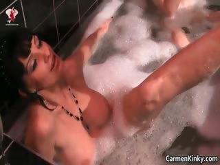 Секс с пышными брюнетками смотреть смотреть порно