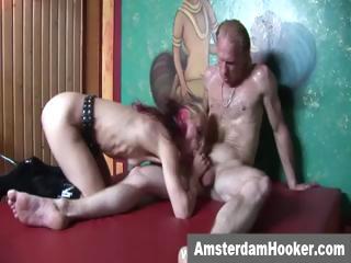niederländisch prostituierte nimmt klebrig gesichts-
