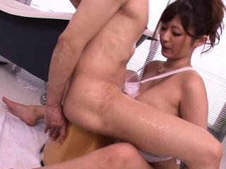 busty asian beauty fucking in the bath