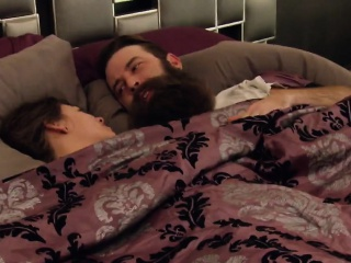 Bearded stud and his girlfriend comes for an orgy