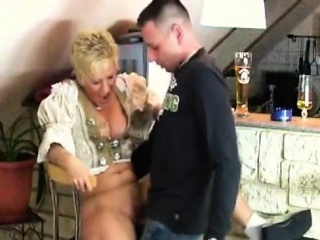 smoking mature lady gives bj with cumshot