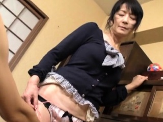 charming mature hottie gives tit wank and tit fuck