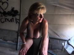 Cheating british milf lady sonia flaunts her huge boo54OKe