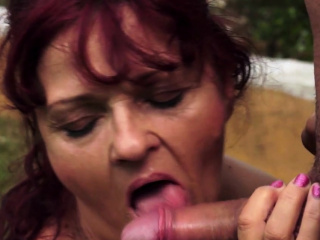Amateur Redhead Granny Fucked Outdoors