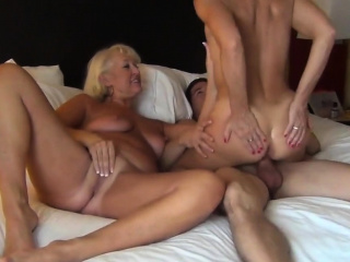 Horny Cute Ladies Share a Hard Pulsating Cock