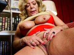 Een oudere vrouw betekent leuk deel 187