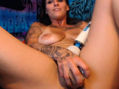 Tattooed Honey Torn Up Her Shaggy Cooch Hard