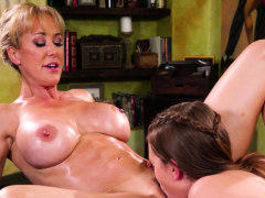 Busty Les Masseur Tasted