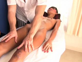 Skinny Thai girl gets oiled massage rubdown