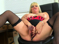 English Cougar Eva Jayne Faux-cock Pounds Her Clean-shaven Fanny