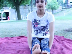 Nia's Yummy Feet At The Park
