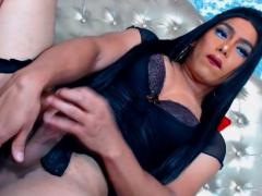 Sexy tranny rukken van met dildo in haar kont