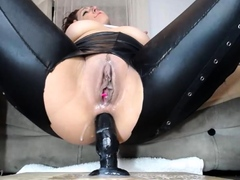 Slut Luna Mexican Finger-tickling Herself On Live Webcam