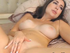 Busty Euro Woman Romps Her Pussy