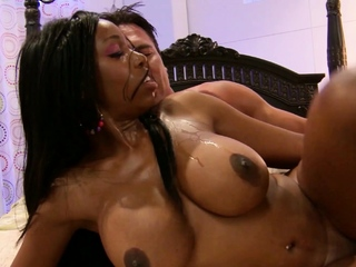 Curvy Big Boobs and Booty Ebony Hooker No Condom Fuck White