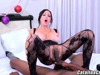 Catalina Cruz going black knows how to use it wisely