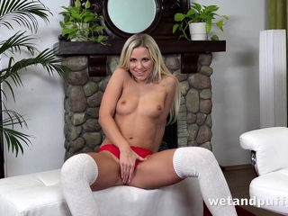 Dido Angel Tweaks Titties And Gapes Pussy