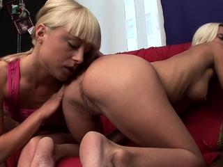 Sexy amateur blonde lesbians lick each others asses