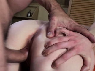 Amateur blonde Jenny gets slick twat fucked