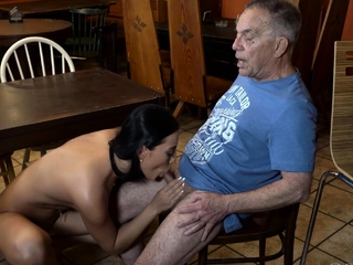 DADDY4K. Bar becomes nice place for brunettes affair